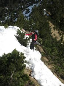 Wir überqueren die ersten Schneefelder