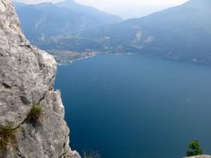 ...tolle Ausblicke über den Gardasee.
