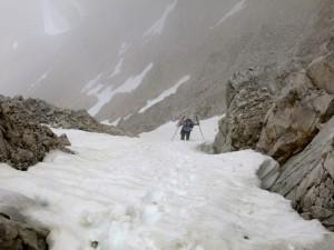 Steiler Abstieg richtung P2552