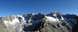 Gipfelblick nach Norden: Breitlauihorn, Breithorn und Nesthorn