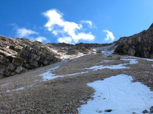 Die Aufstiegsrinne zum Westgrat der Marxenkarspitze