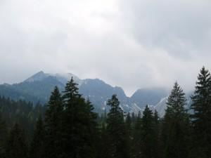 Zu Beginn der Tour zeigte sich der Schinder noch von dichten Wolken umgeben.