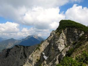 Der Gipfel des Österreichischen Schinders; dahinter das Hintere Sonnenwendjoch