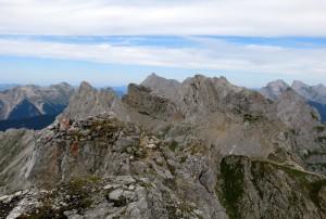 Am Gipfel der Nördlichen Linderspitze - nun geht es nur noch bergab.