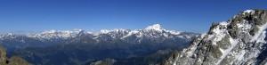 Wunderbare Aussicht in die Walliser Alpen