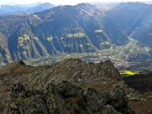 Während des Abstiegs wird die Sicht immer besser.