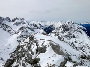 Blick aufs Gipfelkreuz
