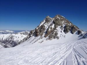 Der felsige Gipfelaufbau der Rotgrubenspitze (Foto im Abstieg entstanden)