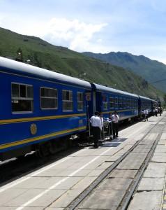 """Der """"Inka-Express"""" fährt von Ollantaytambo nach Aguas Calientes."""