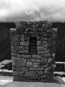 Die Mauern normaler Häuser bestanden aus kleineren Steinen.