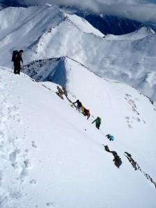 Am Ausstieg der ziemlich steilen Gipfelflanke