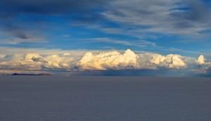 In der Ferne ballen sich die Wolken.