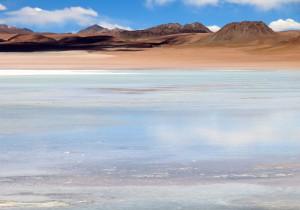 Eine der von Flamingos bevölkerten Lagunen