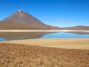 Laguna Blanca und Volcán Licancabur