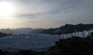 Von Südtirol her ziehen allmählich Wolken auf.