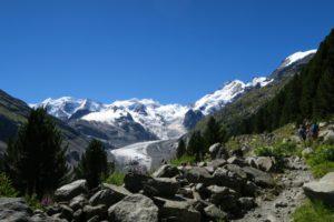 Eindrucksvolles Panorama im Zustieg zur Boval-Hütte