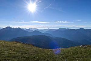 Schöne Aussicht auf Ammergauer und Allgäuer Alpen