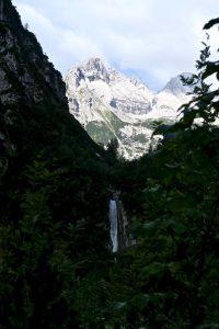 Der schöne Wasserfall unterhalb der Reintalangerhütte