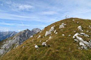 Der Gipfel des Kuhkopfes wird von einem Fahrradrahmen geziert.