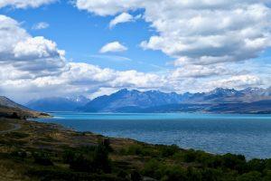 Das Wasser des Lake Pukaki hat eine ganz besondere Farbe.