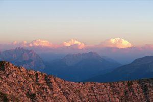 Interessante Wolken am Himmel über Tirol