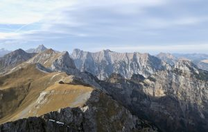 Da geht's weiter; hinein ins Karwendel.