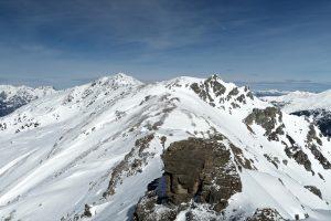 Gipfelblick zum Hirzer