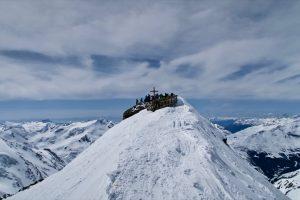Die letzten Meter zum Gipfel sind flach.
