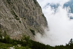 Wolken am Mitterkaiser