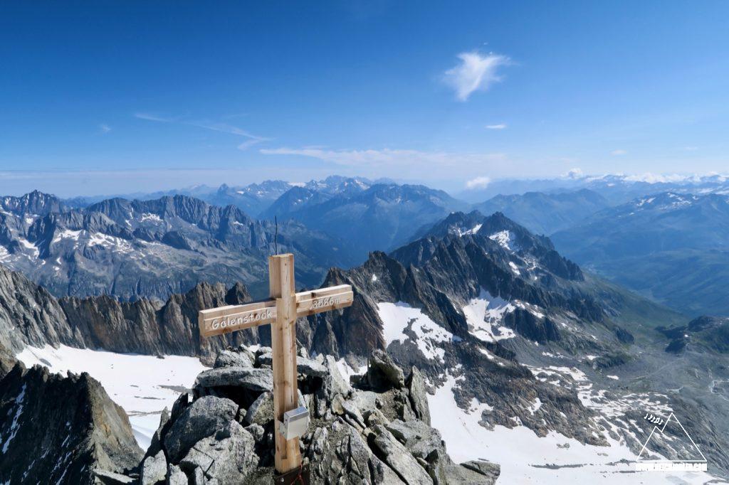 Gipfelkreuz Galenstock